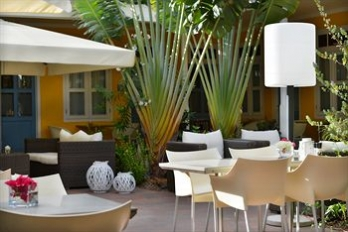 Фото отеля Hotel t Klooster - Outdoor Dining