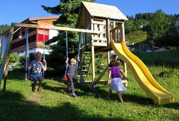 Фото отеля Hotel Restaurant Surselva - Childrens Play Area - Outdoor