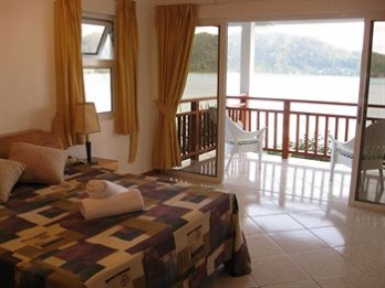 Фото отеля Sailfish Beach Villas - Guestroom
