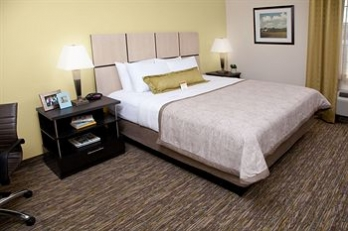 Фото отеля Candlewood Suites North Little Rock - Guestroom