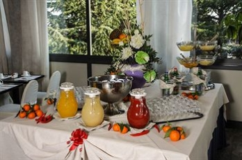 Фото отеля ESH Executive Style Hotel - Breakfast Area