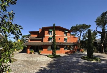 Фото отеля Resort La Rocchetta - Featured Image