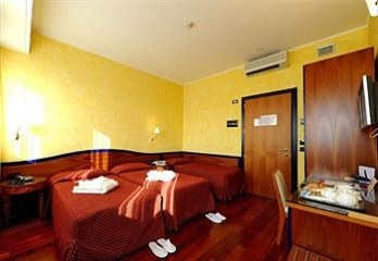 Фото отеля Hotel Ariston - Guestroom