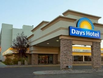 Фото отеля Days Hotel And Suites - Lloydminster - Featured Image