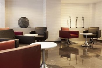 Фото отеля AC Hotel Irla by Marriott - Lobby Lounge