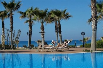 Фото отеля Aquamare Beach Hotel & Spa - Featured Image