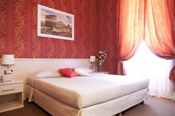 Фото отеля Prestige Guest House - Featured Image