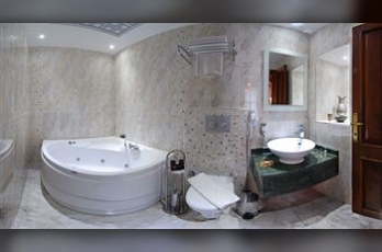 Фото отеля White Garden Pansion - Bathroom